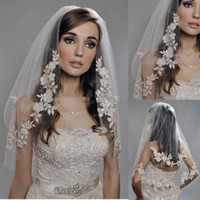 Lace bridal veil lace edge - 2015 White Ivory Short Lace Appliques Two Layer Beaded Elbow Length Tulle Wedding Bridal Veil