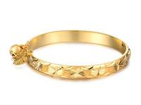 achat en gros de bracelets de plaque bébé-Plaqué Bonne Livraison gratuite N313 belle bijoux en or 18k coeur cloche bracelet bébé enfants bangle 5.4 ''