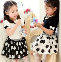 Wholesale Summer children set new style black and white skirt short sleeve t shirt girls suit Year kids clothing outfits