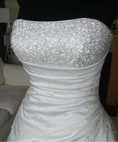 Wholesale full A line gown scalloped neckline lace up closure beaded motifs weddingdress