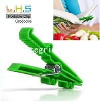 Wholesale pieces pack Portable Clip the Crocodile