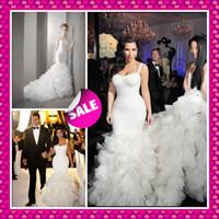 al por mayor inspirado kim kardashian-Kim kardashian inspirado 2016 amor correa de hombro ruffles de lujo sexy tren de la capilla de la sirena verano caída de playa celebridad vestidos de novia