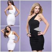 Sheath/Column Sexy Sequins Cheap Sexy Chiffon One Shoulder White and Black Mini Cocktail Dresses Crystal Pleats Sheath Homecoming Dresses BO1375