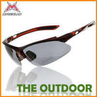 Wholesale New Outdoor Glasses For Men s One Size Color PC Bike Glasses Lenses Box Nose Clip Windproof UV Fashion Polarized Version Riding Equipment