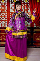 Wholesale Hot Elegant Purple color Chinese traditional style wedding dress toast cheongsam bride wedding cheongsam heavy handwork embroider cheongsam