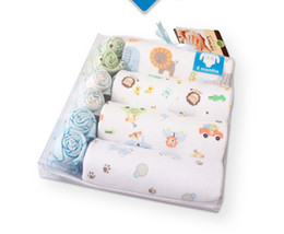 Wholesale 3098 Baby gift boxes garment climb suit baby products newborn baby boy and girl gift box sandbags pc box