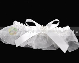 Wholesale Ivory Lace Wedding Party Stuff Supplies Garter for Wedding With Bow and Rhinestone Retail
