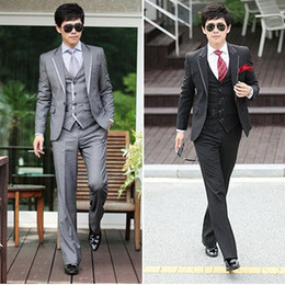 Wholesale Men Leisure Suit Three piece Suit Coat And Pants And Ma3 jia3 Cultivate One s Morality New Marriage Groomsmen Tuxedos t0649