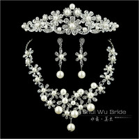 Wholesale 080202 Wedding Dress Necklace Earring Tiara Headwear Crown Rhinestone Tiara Necklace Earring Set Wedding Accessories Party Jewelry Set