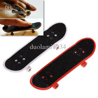 Wholesale Free Shiping Mini Finger Skateboard with Eight Round Wheels Toy for Enjoying