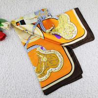 achat en gros de prix d'usine des fleurs de soie-Expédition gratuite + Taille Factory Prix musulmane Lady Foulard fleurs foulard imprimé imitant la soie 90 * 90cm Mix ordre 20PCS / Lot 0801B9