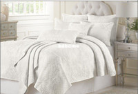Wholesale cotton embroidered piece queen amp king Size Quilt Set bedding set retail