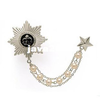 Wholesale Silver Plated Metal Star Badge Pin Military Medal Crystal and Pearl Chain Brooch Tassel Brooch Pin Epaulette