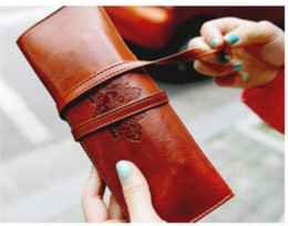 Wholesale New Fashion Moon Synthetic Vintage Leather Pencil Cosmetic Case Pen Pouch Brown A3027