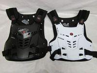 Wholesale SCOYCO AM05 armor motorcycle armor gear gray protective armor clothing Motocross Body Armor Safety Jacket Motorbike armor black white M L XL