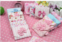 Wholesale Girls must have item sanitary Sanitary napkins package Cotton Fold bag Cute bow napkin bag napkin Pouch