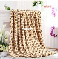 Wholesale Letter coral fleece blanket air conditioning blanket sierran blanket towel single double wool blanket thickening