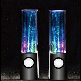 Haut-parleur d'eau de vente chaude d'eau 2 in1 Haut-parleur d'eau d'USB mini Émission colorée d'eau-baisse montrent avec la lampe de LED Haut-parleur de danse léger à partir de conduit l'eau de danse usb fabricateur