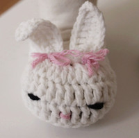 Crochet baby shoes infant slippers bunny rabbit white pink 0...