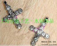 Wholesale 100pcs rhinestone cross zinc alloy hang pendant charm