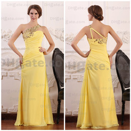 Wholesale El más barato de un hombro sin mangas de color amarillo oscuro una línea longitud del piso de la gasa con cuentas vestido de dama de Tela