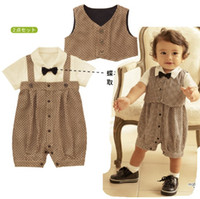 Wholesale Top Quality Baby Clothing Sets Boy s Outfits Suits Newborn Tuxedo Rompers Vest Overalls Jacket Babywear Romper Bodysuits D188