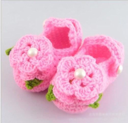 Оптом - Вязание крючком цветка младенца обувь двойные единственным дизайн смесь дети милые сандалии 0-12M хлопка 10pairs / серия заказ