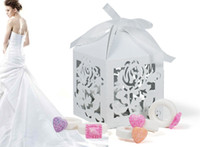 Wholesale Rose Design Small White Candy Box Laser Cut Paper Wedding Favors Gifts Boxes with Ribbon Pieces