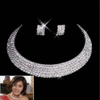 Wholesale Bride claw chain jewelry necklaces fashion elegant set of chain five rows of rhinestones lightning shipments