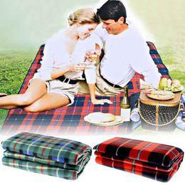 Wholesale 50pcs cm Moistureproof Dampproof Camping Mat Blanket Cushion Pad Beach Mat for Camping Hiking