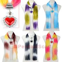 al por mayor plástico collar pendiente del corazón-10pcs / lot de la manera 5 colores mezclados collar de la joyería de la bufanda de la gasa pendiente de la bufanda con el encanto de plástico colgante del corazón, envío libre, SC0012
