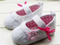 Wholesale Grey Lace Beautiful Flower Infant Girls Shoes M Baby Toddler First Walker Shoes Princess Shoe pair QS433