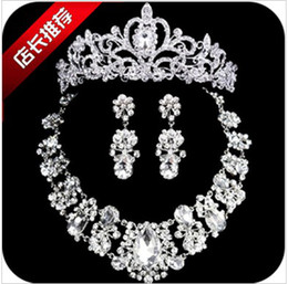 Wholesale The bride tiara crown earrings necklace three wedding dress suit the bride hair accessories