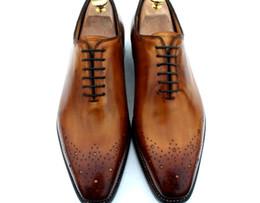Descuento los hombres hechos a mano de los zapatos oxford Hombres zapatos de vestir Oxfords zapatos de los hombres Zapatos hechos a mano de encargo genuino del cuero del becerro Color Brown Venta caliente HD-035