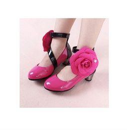 Wholesale spring japanned leather shiny flower female single shoes child elegant pointed toe gr56