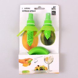 Wholesale Lemon Juice Sprayer Citrus Spray Hand Juicer Mini Squeezer Kitchen Tools sets