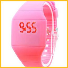 Wholesale Amazing Price LED silicone wristwatches import movement silicone watches gift wristwatches LED Display Wristwatches