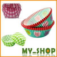 Wholesale Cupcake Molds Paper Baking Cups with FDA Plastic Box Oven Use Colorful Types set Bakeware