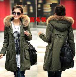 Wholesale Autumn and Winter New Women s Han edition outwear Army green Thickening Heavy hair collar Big bag Long Cotton padded clothes Coat m004