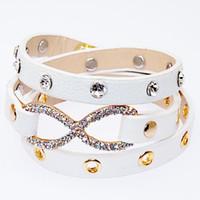 achat en gros de cloutés gros bracelets d'emballage en cuir-Bracelet en gros en cuir, Bracelets en microfibre avec Micro Pave CZ Disco Figure Huit noeuds, Bracelets cloutés enveloppés avec des breloques à l'infini