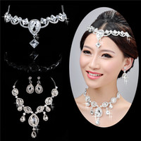 Wholesale Wedding accessories set set Bridal Jewelry Wedding Veil Crystal Crown Pageant Tiara headpiece Necklace Earrings WS1082