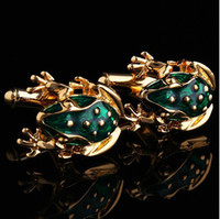 Wholesale XK005 Golden Frog Cufflinks Vivid Animal Modelling Cufflinks Interesting Men s Shirts Cufflinks