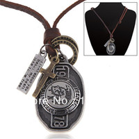 Wholesale Cool Metal Pendant Leather Strap Necklace Nechlace Chain Jewelry Neck Decoration for Woman Man