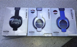 Wholesale 2013 New arrival Republic master tracks Headphones black white and blue Top Quality