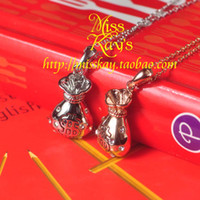 Women's Alloy Crystal, Rhinestone Kung Hei Fat Choy good luck necklace of gold and silver two-color short clavicle red envelope purse unique fashion wild female