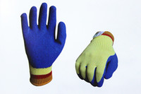 Wholesale NO KEVLAR anti cut gloves with blue latex coating