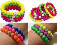Precio de Mixed crystal beads-Las pulseras elásticos rebordeadas de goma del espaciador de la arcilla de Shamballa de la pulsera del estiramiento de Bling de neón de la pulsera con los colores iridiscentes 36pcs / lot de la mezcla de los granos
