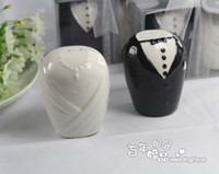 Favor Tins and Pails best black pepper - Best Selling wedding decoration favor bride and groom salt pepper shaker favor gift pairs
