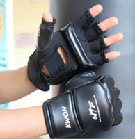 Wholesale High Quality Half Finger PU Leather Boxing Goloves Sanda Fighting Sandbag Fist Glove Protective Gear