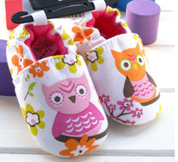 Wholesale 30 off style Latest White owl drawing floor shoes Anti shedding sets foot baby wear china cheap kid shoes shop shoes sale pair Z